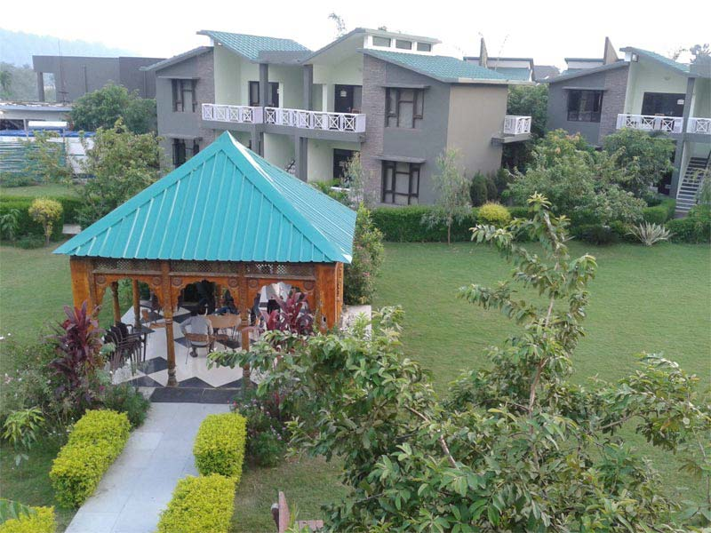Anand Aamod Resort Corbett